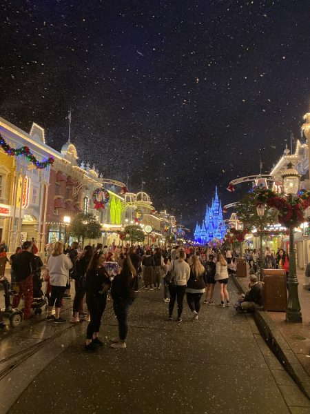 Mickey's Very Merry Christmas Party Main Street